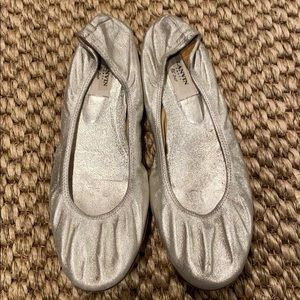 Authentic Lanvin silver flat. Size 41